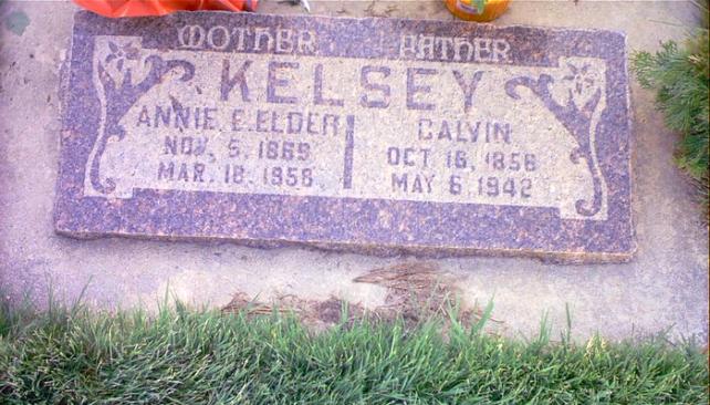 Headstone- Kelsey, Calvin & Annie
